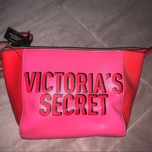 VS PINK NWT makeup bag